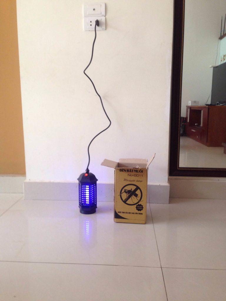 Cơ chế hoạt động của đèn bắt muỗi