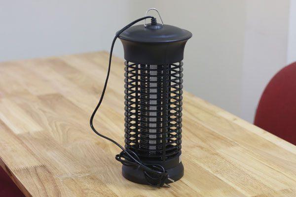 Thiết kế thân thiện của đèn bắt muỗi Killer