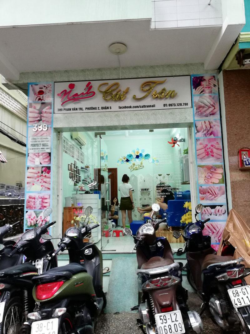 Tiệm nail Cát Trân